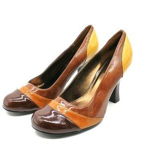 """NWOT Kenneth Cole Unlisted """"Young Spirit"""" Pump"""